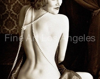 Alfred Cheney Johnston Photo, Ziegfeld Girl, backside, 1920-30s