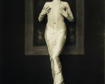 Alfred Cheney Johnston Photo, Statuesque Ziegfeld Girl , 1920-30s