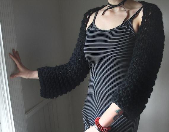 Shrug / Black Chunky Handknit