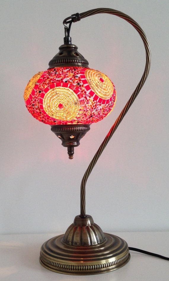 golden and red mosaic lamp with vintage look by thelampcorner. Black Bedroom Furniture Sets. Home Design Ideas