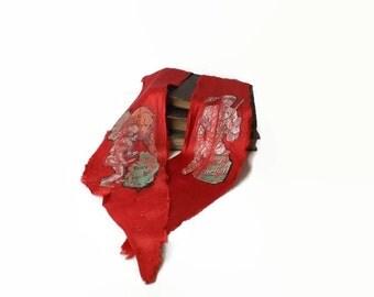 Davy Crockett Scarf, Vintage Red Silk Bolo Tie, Frontiersman Collectible, Rustic Lodge Display, Boys Nursery Decor