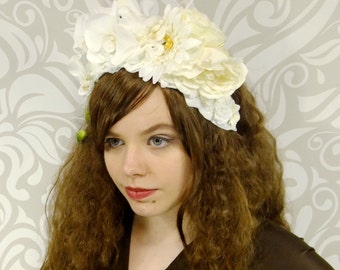 White and Ivory Bridal Flower Crown, Flowercrown, Bridal Headpiece, Bridal Headdress, Bohemian, Maenad, Fairy, Woodland, Elven, Dove, Mori