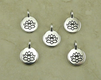 5 TierraCast Round Lotus Stamp charms > Zen Yoga Buddhism Stampable - Silver Plated Lead Free pewter - I ship Internationally 2403