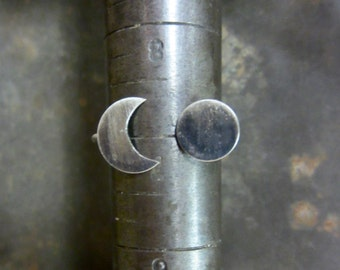 Moon Phases Ring - Made To Order In Your Size