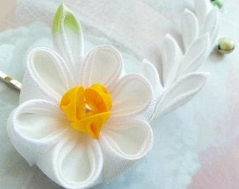 Kanzashi - Daffodil Fabric Flower Hair Pins - Japanese Kanzashi