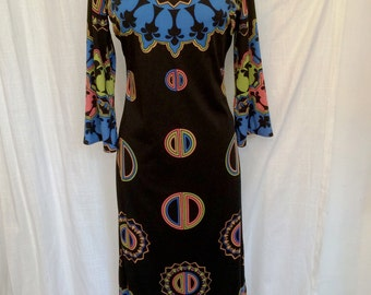 Vintage 1970s Saul Villa Full Length Fabulous Print Jersey Gown Bell Sleeves Size 8/10