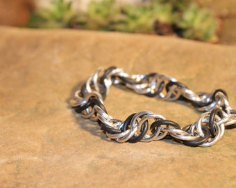 Black and Silver-colored Stretchy Spiral Chainmaille bracelet