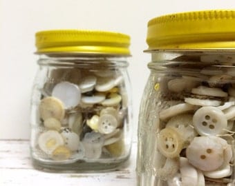 SALE, Buttons in Jar, White Buttons, Collection, Old White Buttons, MOP Buttons, Osterizer Jar, Buttons in a Jar, Button Lot, Gift for her
