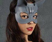Kitty Leather Mask in Gray