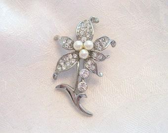 Vintage Flower Brooch Rhinestone Crystal Faux Pearl Silvertone