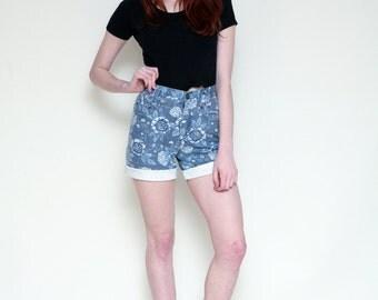 Vintage 90's Blue Floral HIGH WAIST Jean Denim GRUNGE Shorts // xs