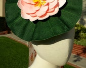 Pink Lily Pad Perch Hat with Lizard