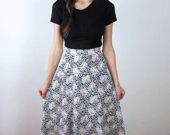 Pretty Floral Patterned Maxi Skirt
