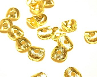 30% OFF -- Ten (10) 24K Gold-Plated Potato Chip Beads 7mm - Lot TT
