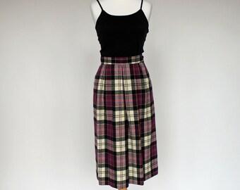 70's Vintage Wool Skirt / Pendleton Skirt / Front Pleat / Purple, Black, Beige Plaid / XSmall