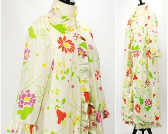 Vintage Ruffled Floral Robe, Floral White Dressing Gown Bill Tice Bonwit Teller, Long Wrap Front Ruffled Bath Robe Size L