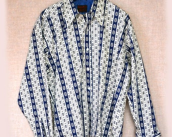 70s Mens Shirt Boutique Bazaar in Blue Sz L to Sz XL 50 Inch Chest
