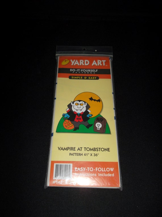 Do It Yourself Art: Yard Art Do-It Yourself Patterns:Vampire At Tombstone Outdoor