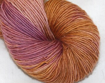 SALE--Guilded Rose--Solo Cat--100% Merino single ply