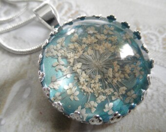 Queen Anne's Lace Beneath Glass Pendant Atop Ocean Sea Foam Blue-Green Pressed Flower Pendant-Symbol of Peace-Gifts Under 25-Nature's Art