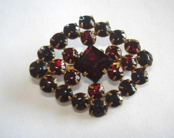 Art Deco Vintage Jewelry Bohemian Garnet  Brooch