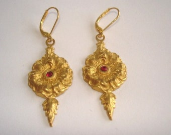 Ruby Red Rhinestone Flower Earrings Gold Tone