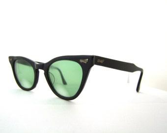 1950s Cats Eye Optical Frames // 50s Vintage Cateye Eyeglasses //  Black // Can Op