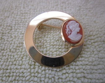 GOLD                      CIRCLE  With French Cameo Ivory