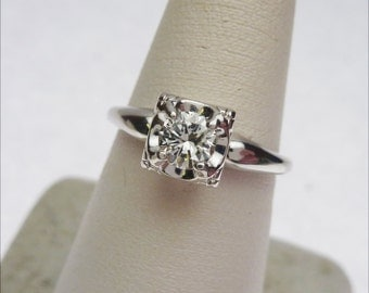 14k 35pt Round Diamond Vintage Solitaire Engagement Ring