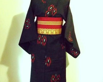 Vintage KIMONO casual wool winter KIMONO black KASURI flower motif size M ready to ship