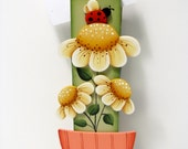 Daisies Clothespin Note, Photo, Memo Holder,  Handpainted Home Decor, Shelf Sitter