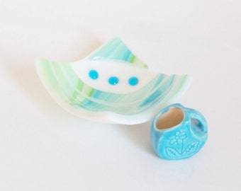 Fused Glass Art Bowl // Turquoise BLuE Bright Green and White // Modern Design // Circles // Summer // Beach // Lake // Trinket // Rings