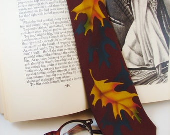 Tie - Vintage Necktie - Circa 1940's - Painted - FREE Shipping in the US and Canada - Discounted Worldwide