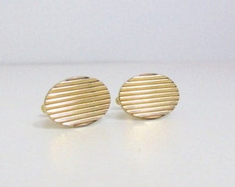 Vintage Cuff Links: Anson Gold Tone Ovals with Ridges