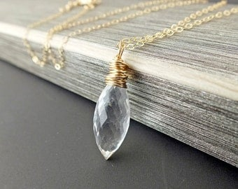 Quartz Necklace, Gold Quartz Necklace, Quartz Jewelry, Gold Necklace, maineteam, Sustainable Jewelry, Eco Fashion, Gold Filled Necklace,