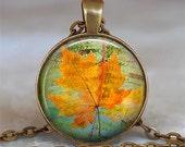 Canadian Maple Leaf necklace, maple leaf pendant, Canadian necklace, Canadian necklace, keychain key chain key fob