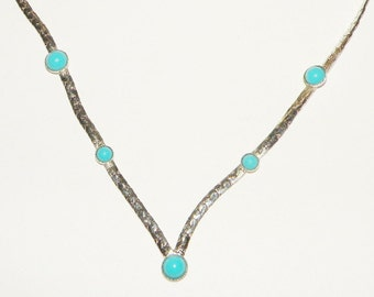 Sarah Coventry Summer Skies necklace