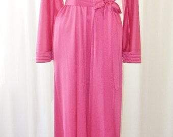 Vanity Fair Lounging Robe Deadstock Hot Pink Doman Full Sleeve Floor Length Size Small by VoilaVintageLingerie