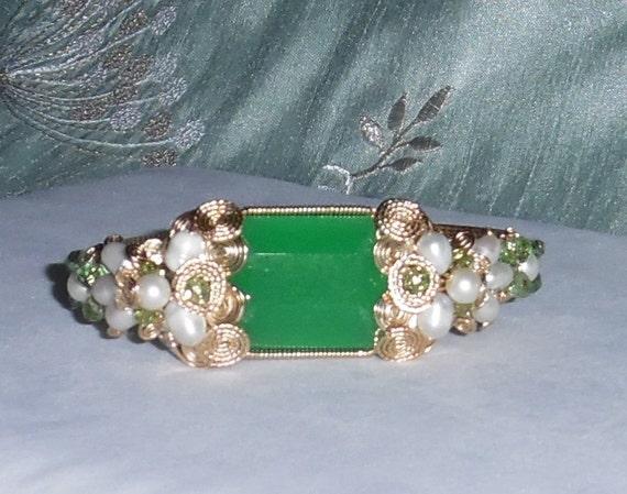 51ct Natural Octagon Green China Jade gemstone, 14kt yellow gold Bangle Bracelet