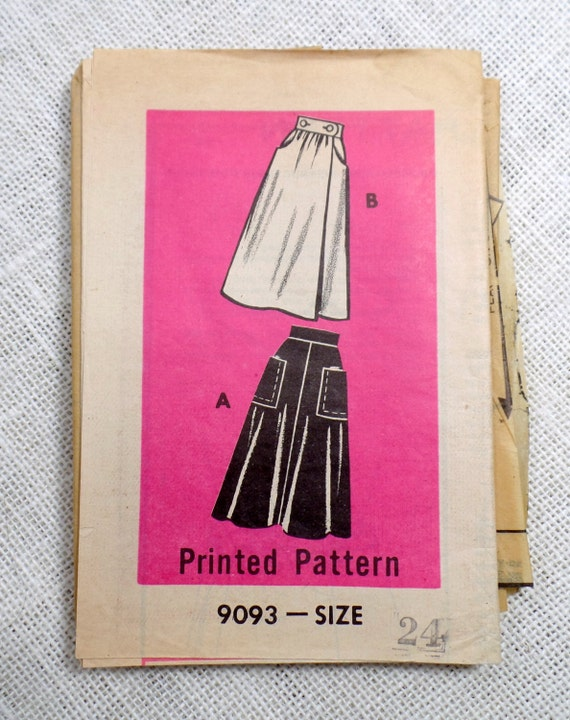 Vintage Pattern Mail Order Printed Pattern 9093 Sewing pattern 1950s wrap skirt Waist 24 Rockabilly High waist Patch pockets