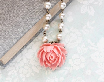 Peach Pink Rose Necklace Vintage Style Romantic Necklace Flower Jewelry Long Pearl Chain Bridesmaids Gift Pretty Pink Country Chic Roses
