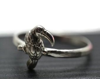 Silver Toucan Ring, Tropical Bird Ring, Animal Jewelry, Sterling Silver Charm Ring, Toucan Jewelry