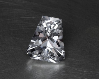 White Sapphire -- 4.95ct Walpurgisnacht Cut