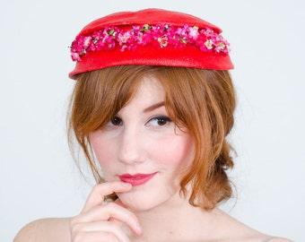 50% OFF SALE / 1950s vintage hat / flower hat / Beacon
