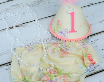 Girls First Birthday Cake Smash Outfit With Diaper Cover Party Hat Pearl Necklace in Pastel Peach Light Pink Lilac Vintage Floral Print