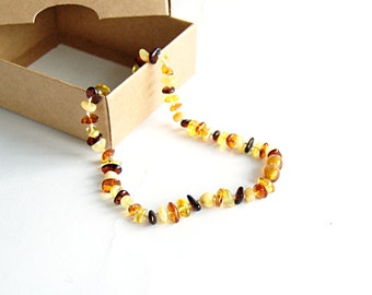 Organic amber teething necklace - baby necklace - baby teething necklace - Baltic amber necklace-babywearing-baby shower gift-mommy necklace