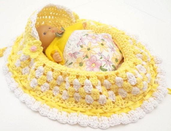 Peter Rabbit Amigurumi Pattern : crochet cradle purse itty bitty baby doll church purse