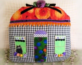 Halloween Pillow, House COTTAGE Pillow 9.5 x 9 inches House Home Decor Prim Primitive Handmade CharlotteStyle Folk Art