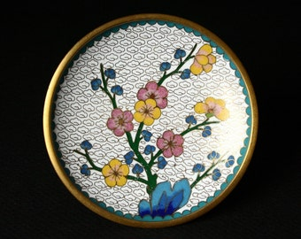 White cloisonne dish, flower blossoms dish.