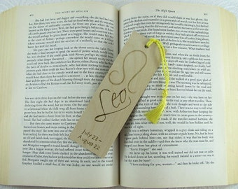 Zodiac Leo Wood Bookmark - Horoscope Bookmark - Pyrography - BKInspired